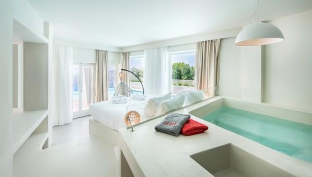In-room Hotel Bathtub West East Suites, Santorini, Greece