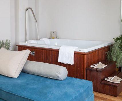 hotel jacuzzi design, cocomat hotel nafsika