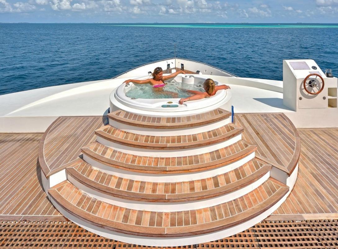Floating Resort by Scubaspa, Kaafu Atoll, Maldives