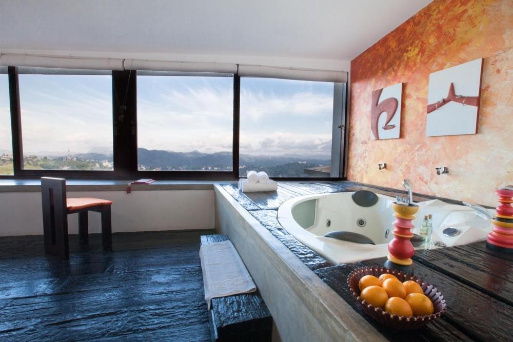 hotel jacuzzi design,
