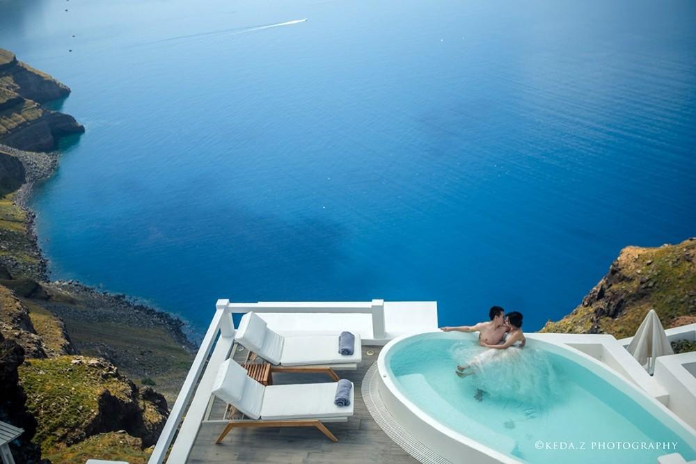 aqua-luxury-suites