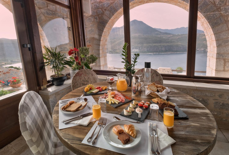 παραδοσιακο πρωινο