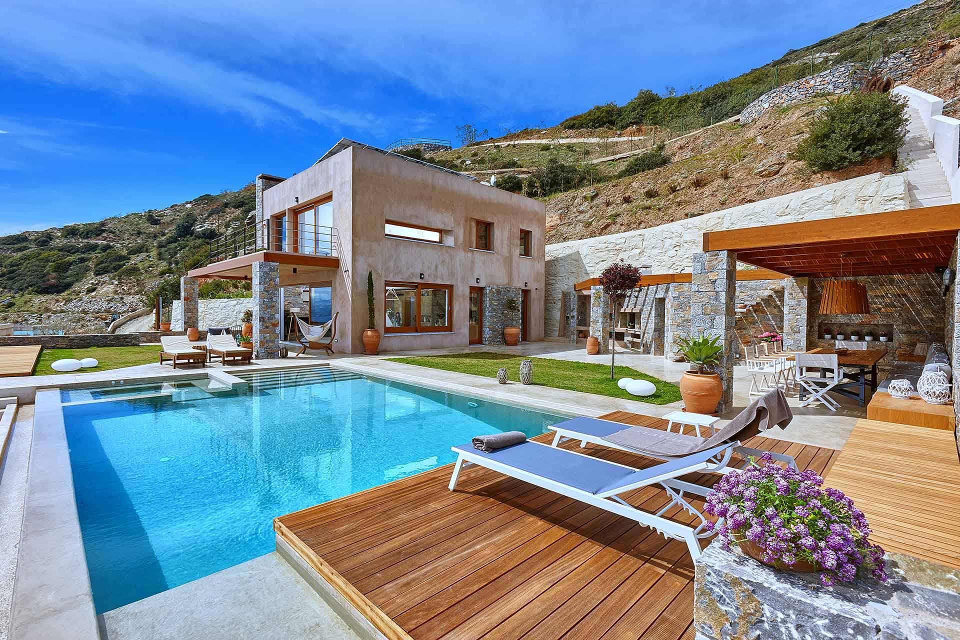 Villa Management Hotelier Academy